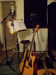 studio MPAM - (Mezi Pračkou A Mrazákem)